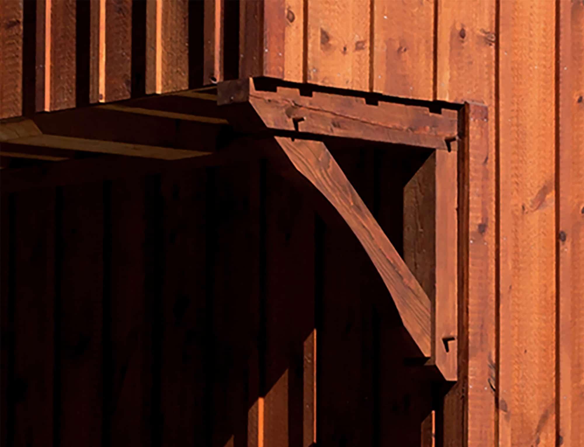 corbel wood horse stalls