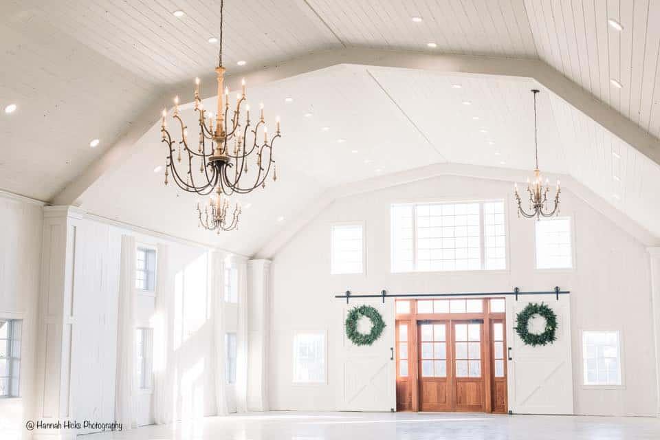 party barn christmas wreath chandelier