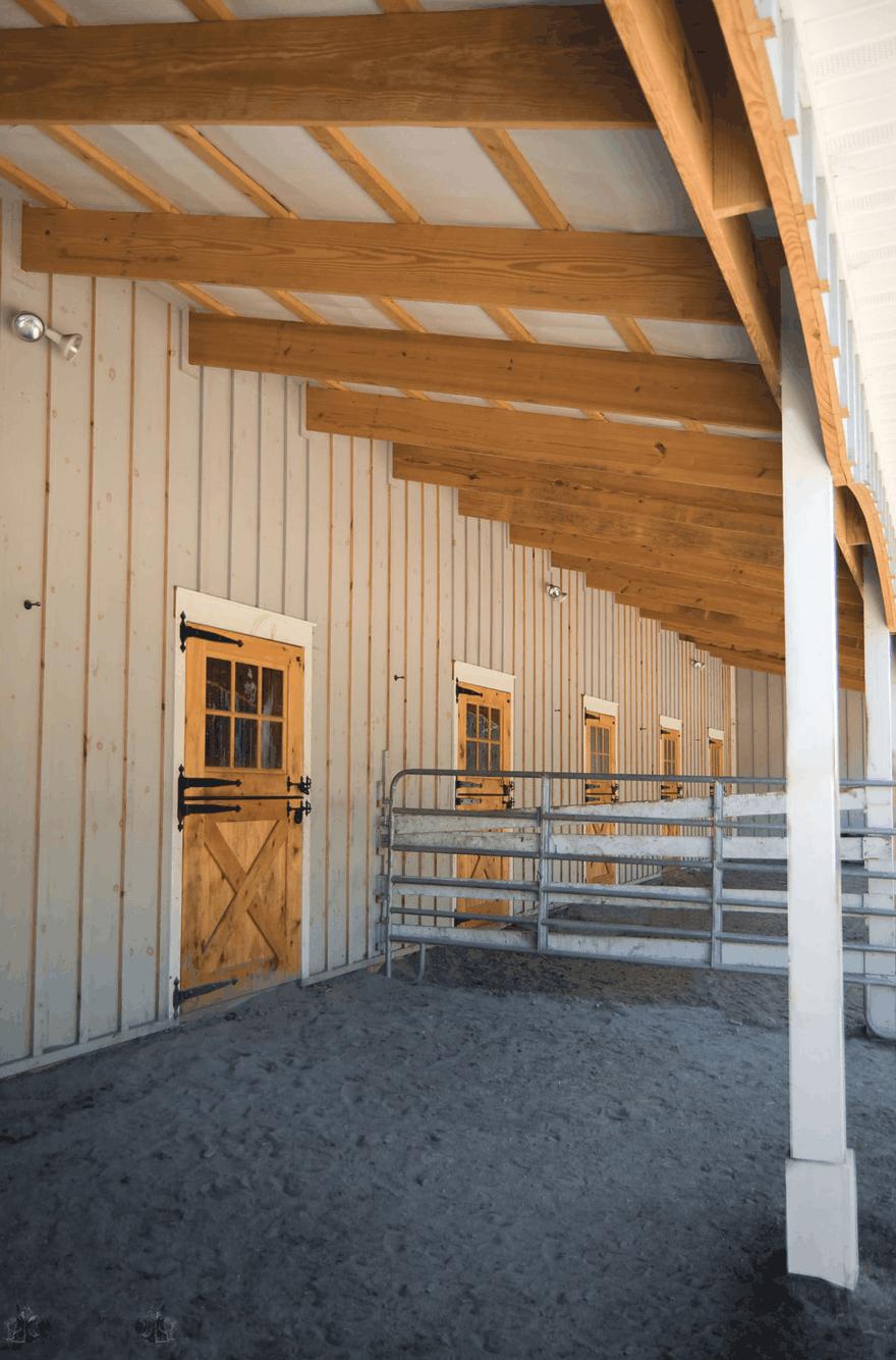 lean to overhang horse stalls dutch doors