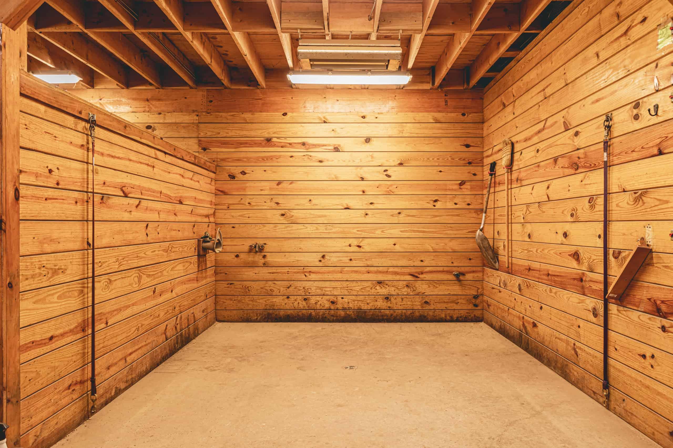 horse barn wash stall